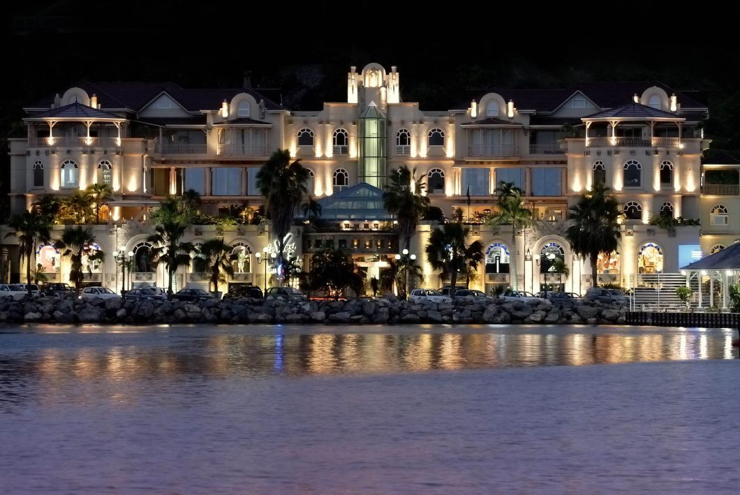 4434-West Indies Night View A
